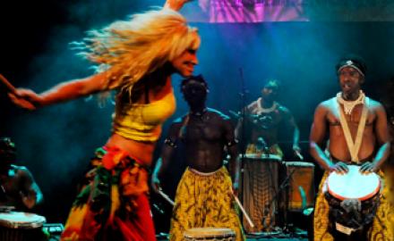 fest afrikansk liten i Uppsala